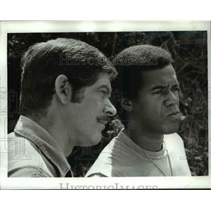 1970 Press Photo Stephen Boyd and Robert Hooks star in Carter's Army - orp15394