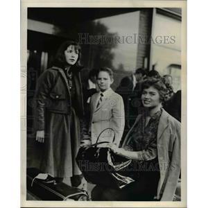 1960 Press Photo Carol Olsen