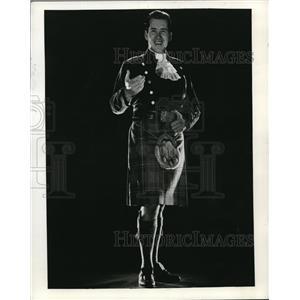 1964 Press Photo Kenneth McKellar Show - orp20023