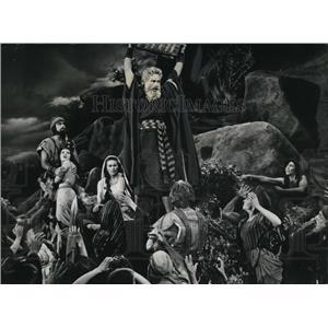 "1957 Press Photo Charlton Heston in ""The Ten Commandments"""
