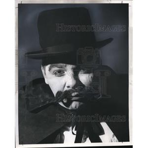 "1963 Press Photo Joe Medley in ""The Drunkard"""
