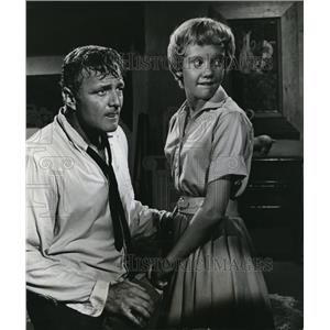 1961 Press Photo Brian Keith and Hayley Mills - orp21339