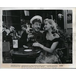 "1955 Press Photo Mara Lane and Ronald Shiner in ""Innocents In Paris"""
