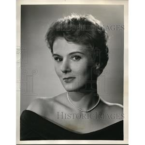 1957 Press Photo Norma Moore in the Secret Storm