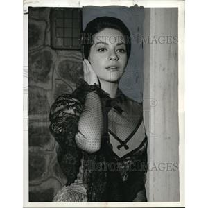 1962 Press Photo Anna Navarro stars in Tales of Wells Fargo TV show