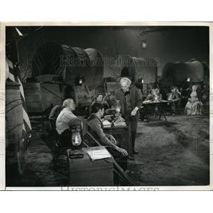 "1960 Press Photo Henry Hull Ward Bond John Alderman in ""Wagon Train"""