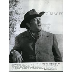 1969 Press Photo Robert MItchum The Good Guys And The Bad Guys - orp19712