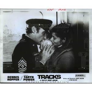 1979 Press Photo Dennis Hopper and Taryn Power in Tracks