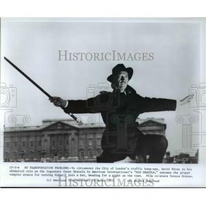 1975 Press Photo David Niven in Old Dracula - orp23721