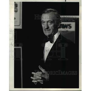 1977 Press Photo David Niven host and narrator of The Billion Dollar Movies
