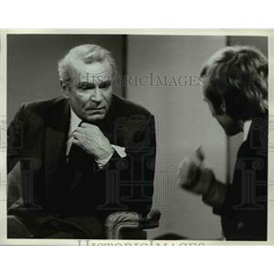 1973 Press Photo Laurence Olivier in Guest of Dick Cavett - orp23568