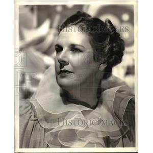 1942 Press Photo Katherine Raht stars in The Aldrich Family NBC Radio Show