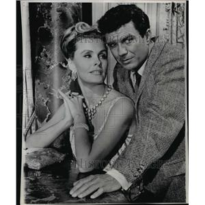 1966 Press Photo Dina Merrill and Cliff Robertson in Washington D.C. to marry