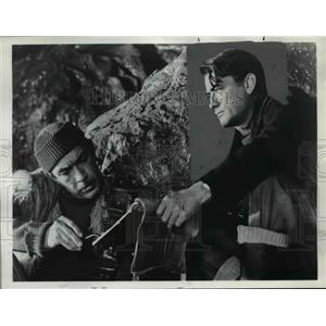 1976 Press Photo Gregory Peck Navarone - orp23524