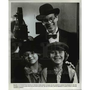 1977 Press Photo Ryan O'Neal Clan in Nickelodeon