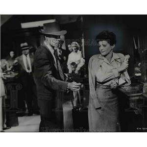 1955 Press Photo Sylvia Sidney Violent Saturday