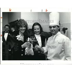 1990 Press Photo Cherryl O' Donnell, Lindsay Morganthaller and Charles Charbonne