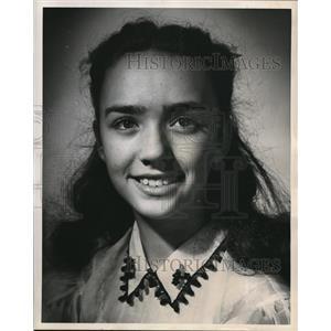 1952 Press Photo Susan Whitney - orp27462