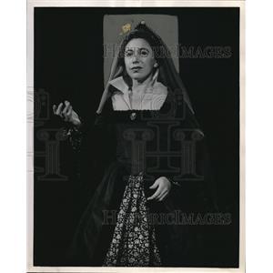 1954 Press Photo Eda Reiss Merin in Gertrude - orp27471