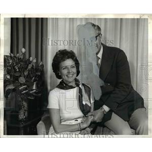 1969 Press Photo Allen Ludden and Betty White at Benson Hotel Portland Oregon