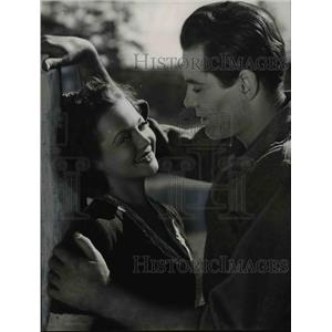 1955 Press Photo Henry Fonda & Sylvia Sidney in The Trail of the Lonesome Pine