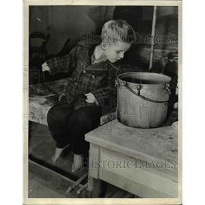 1941 Press Photo Lawrence Richard Baker  - nee00787