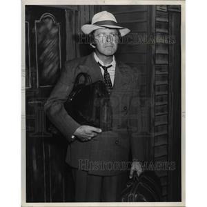 "1970 Press Photo Gordon Smyth ""Inherit The Wind"" - orp27051"