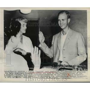 1948 Press Photo La Calif Curtis Roosevelt & mom Anna Roosevelt - nee03114