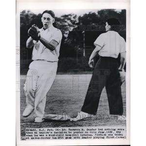 1950 Press Photo Dr Hermann Sander Plays Ball He Was an Intern - nee02117
