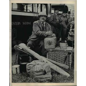 1948 Press Photo W Watkins All England Angling Competition