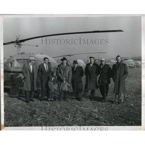 1958 Press Photo Canadian Transport Pilots C.D. Dieuinhey and Wm. S. Glennie