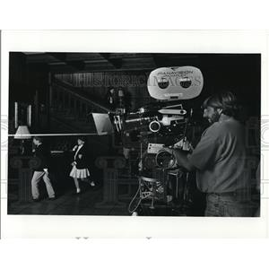 Undated Press Photo Camera Operator Martin Hume Movie Paradise
