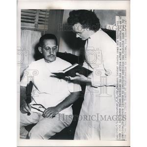 1950 Press Photo Dr. Hermann Sander & His NurseHelen Laciolek - nee02119