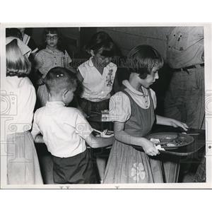 1965 Press Photo Garfield School Mentor - nee05569