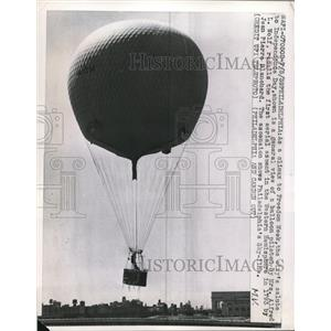 1959 Press Photo A general view of the balloon piloted by Mrs. Alfred L. Wolf