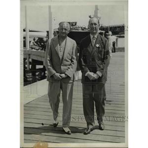 1931 Press Photo Victor Eispatr Owner of Hotsy Totsy & John Wanamaker in Regatta