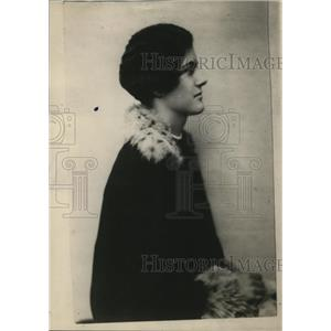 1915 Press Photo Angela Paget Daughter of Sir Richard & Lady Muriel Paget