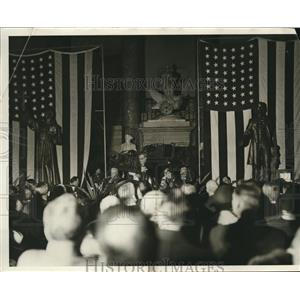 1931 Press Photo Californian at Statutory Hall in Wash DC Mr Dockeriler