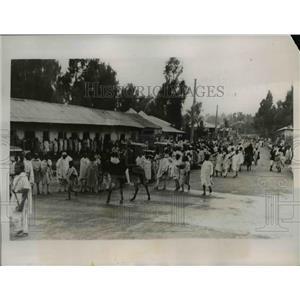 1935 Press Photo Lithoipian Army Volunteers Fighting Against Italians
