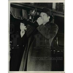 1940 Press Photo Louisiana Senator James A. Noe with Camera - nee26569