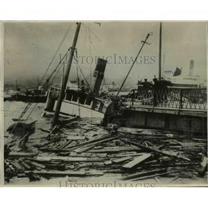 1930 Press Photo Dozens of vessels and fishing smacks sunk in Nagasaki Harbor.