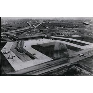 1953 Press Photo The airview of the rebuilt Newark airport