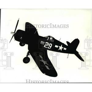 1981 Press Photo WWII Navy Fighter model