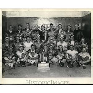 1938 Vintage Photo Briggs Body Team 1937 World's Softball Champions