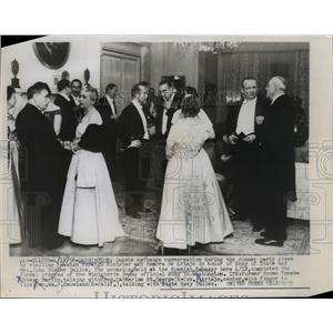 1956 Press Photo Guests Spanish Foreign Minister Alberto Martin-Artajo Dinner