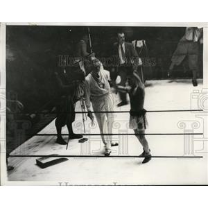 1932 Press Photo H. Gwynne, new Olympic Bantamweight Champion, in the ring