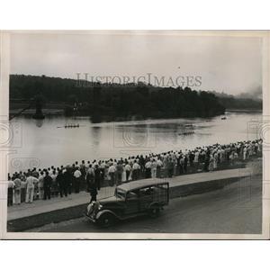 1936 Press Photo Four oar sculling Univ of Wash, Riverside Club of Harvard
