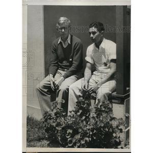 1932 Press Photo Ben Eastman of Stanford & Bill Carr U of Penn LA Calif Olympics