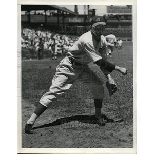 1938 Press Photo Gene Schott of the Cinncinati Reds - nes35167