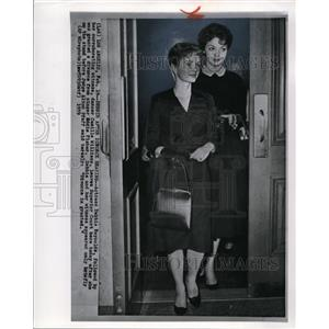1959 Wire Photo Actress Debbie Reynolds after her divorce hearing - cvw04656